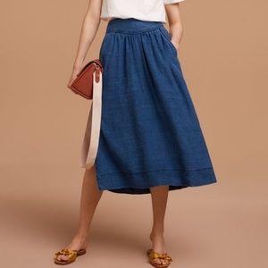 Aritzia Wilfred Gabrielle blue chambray midi skirt